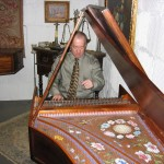 Playing Louis Couperin on a copy of a 1681 Jean-Antoine Vaudry harpsichord by Curtis Berak